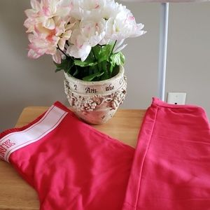 NWOT PINK VICTORIA'S SECRET SWEATPANTS